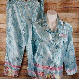 Robert Louis gorgeous silky pajamas Med